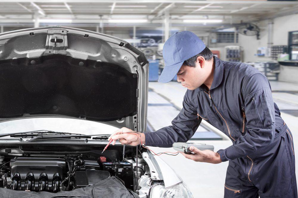 Qual o consumo de bateria do aparelho de som do carro?