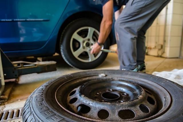 Dúvida: para onde vão os pneus velhos do seu carro?